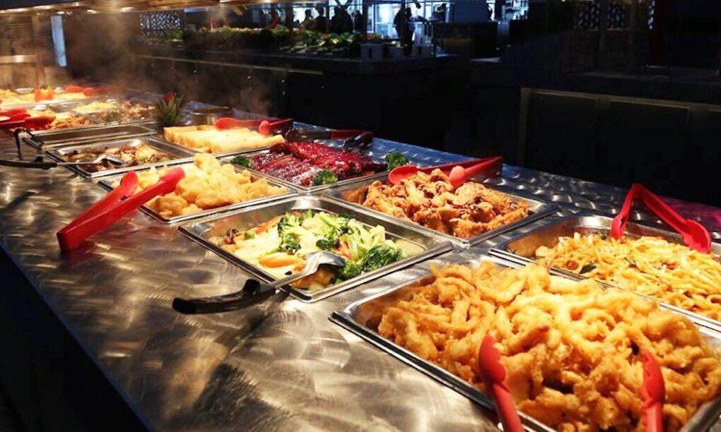 Gasten eten nieuw all you can eat restaurant in twee weken failliet