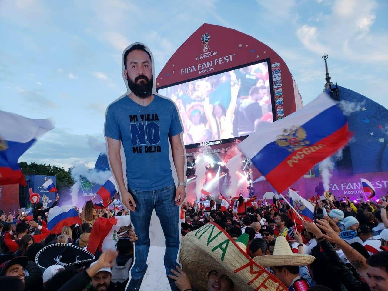 Mexicaan mag van vrouw niet naar WK vriendengroep verzint iets briljants 05