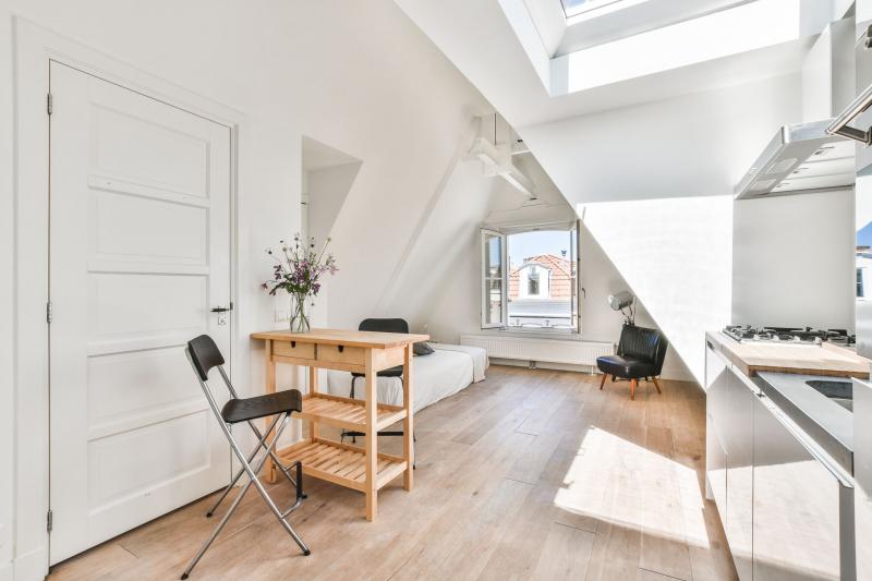 opdealtje in Amsterdam zolderkamer van 20m2 in de Pijp voor slechts 200000 euro 02