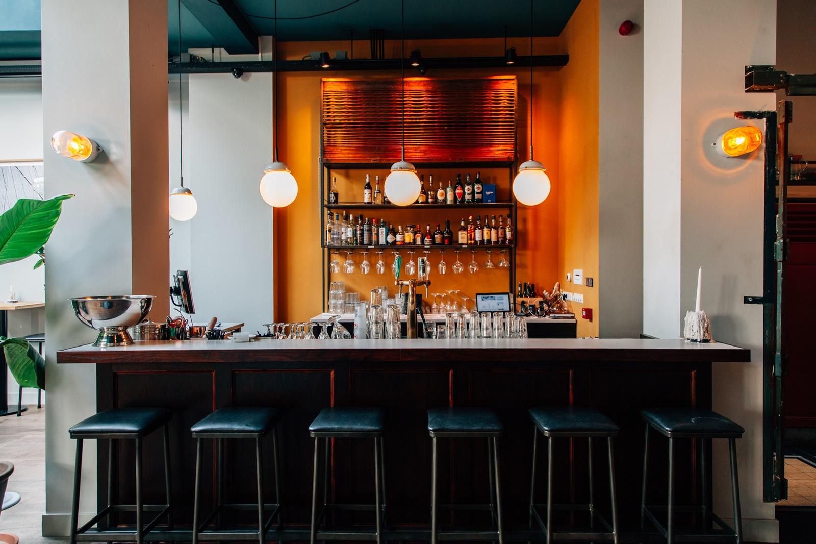 De Kluis nieuw restaurant in Haarlemmerstraat 02 1