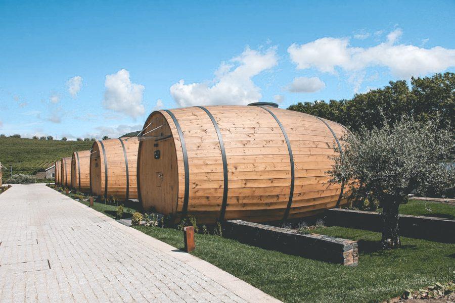 In Portugal kan je nu overnachten in een enorm wijnvat1