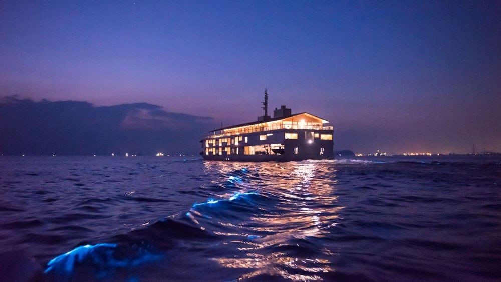 Dit drijvende hotel in Japan staat vanaf nu hoog op de bucketlist