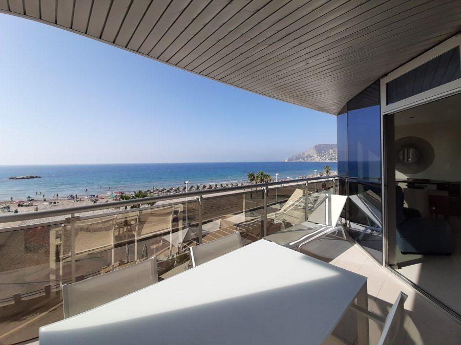 De mooiste baaitjes en stranden vind je gewoon aan de Spaanse Costa Blanca 03