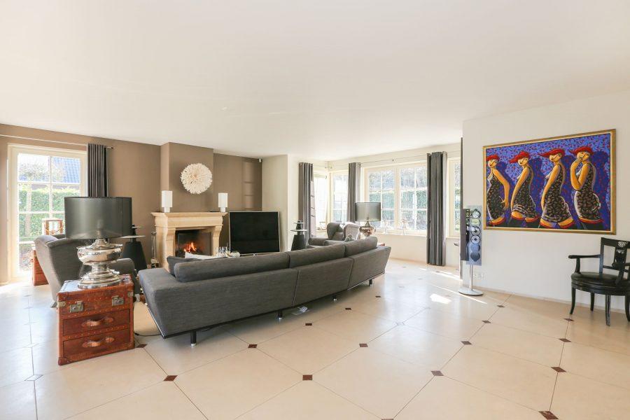 Deze prachtige villa aan het strand in Zuid Holland is voor €1.895.000 van jou 3
