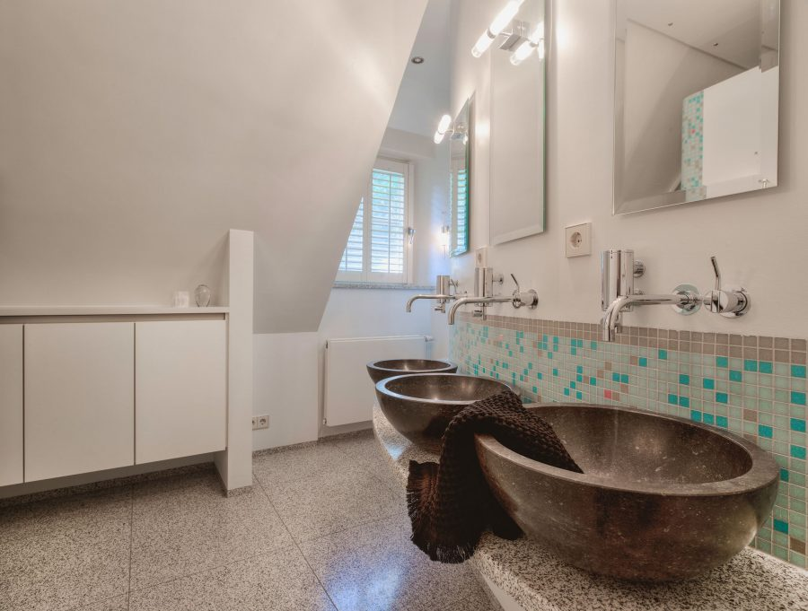 Deze prachtige villa aan het strand in Zuid Holland is voor €1.895.000 van jou 8