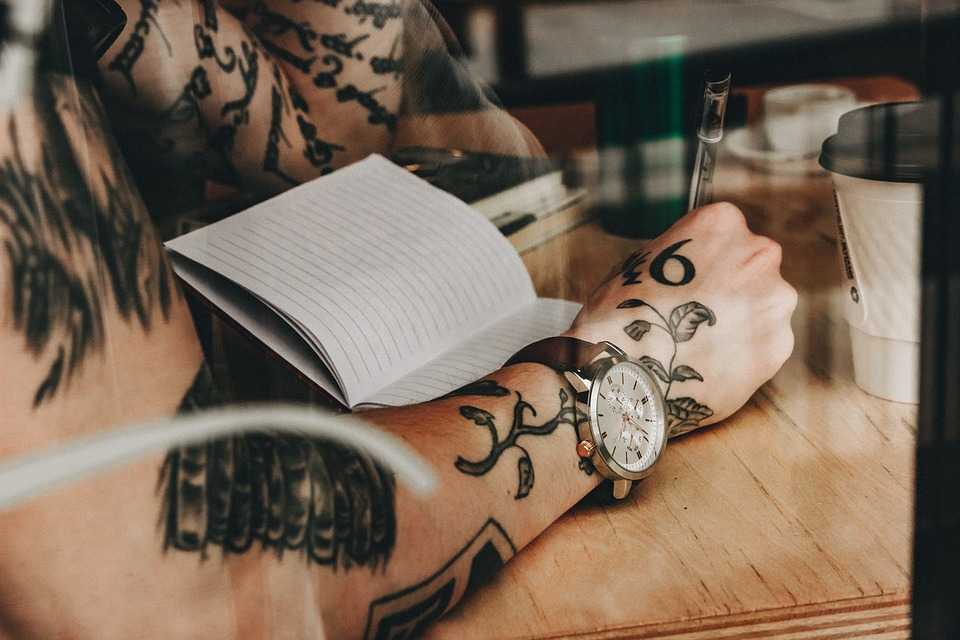 Nieuwe verse tattoo verzorgen tips