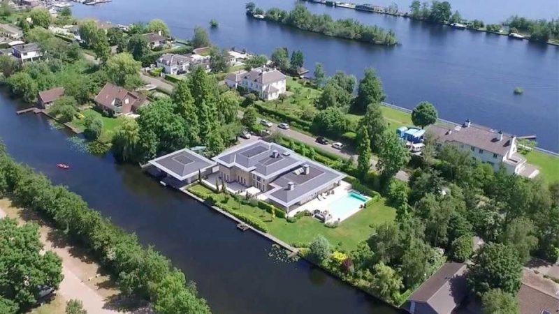 Hakim Ziyech verwend zichzelf met deze villa van 44 miljoen4