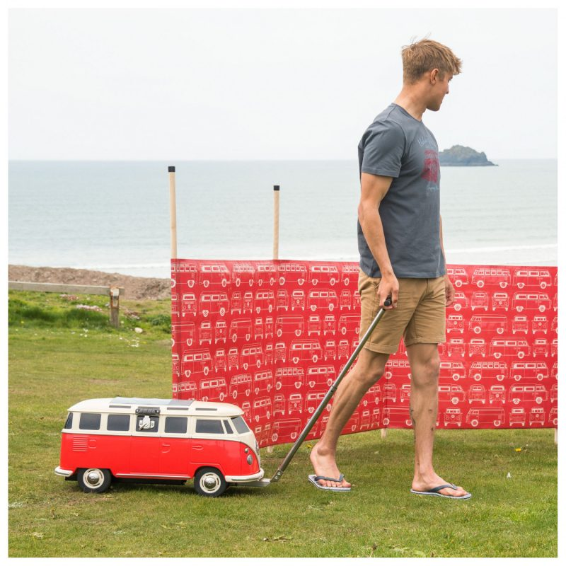 Deze Volkswagen camper zorgt deze zomer voor jouw koude biertjes1