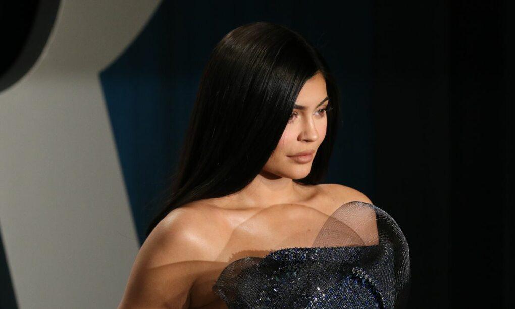 Bikinifoto van Kylie Jenner zorgt voor enorme piek op stemsite VS