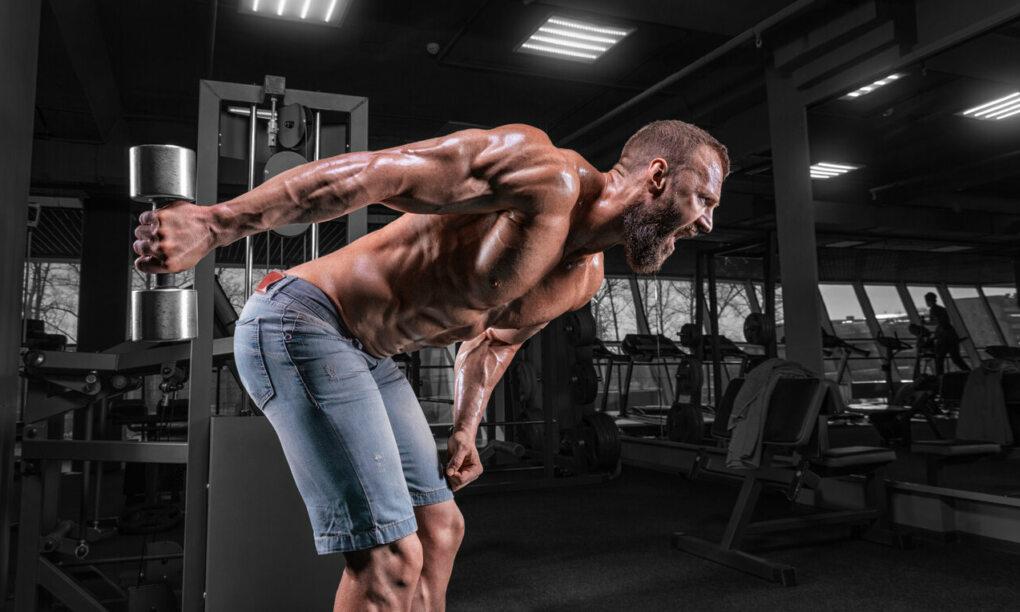 5 triceps oefeningen gym